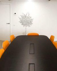 ¡Tú también vas a querer un vinilo decorativo en tu oficina!